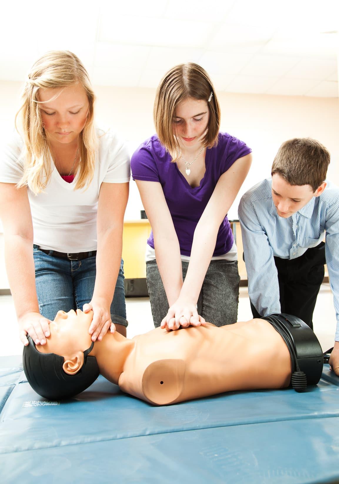 defibrillateur Mise en service et initiation à la défibrillation