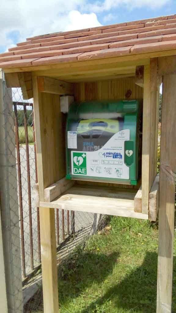 installer un défibrillateur en extérieur