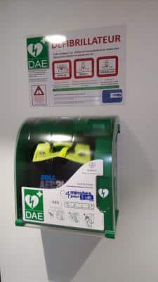 Défibrillateur Zoll AED Plus avec Aivia 100